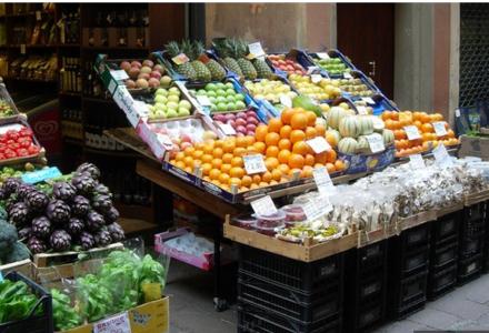"""Włosi zmieniają nawyki żywieniowe. Stawiają na """"superjedzenie"""""""