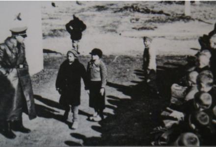 """Polaku – pamiętaj! 11 grudnia – 74. rocznica otwarcia niemieckiego obozu dla polskich dzieci """"na Przemysłowej"""" w Łodzi"""