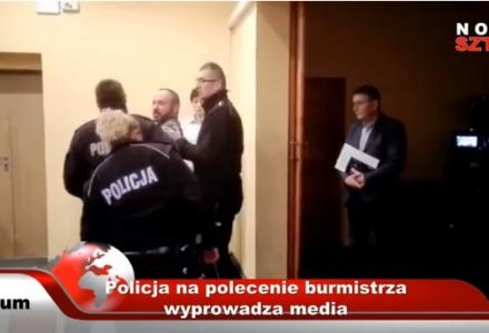Cenzura mediów przez polityków. Wiceburmistrz Sztumu kazał policji usunąć dziennikarza