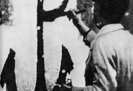 """75 lat temu harcerze umieścili pierwsze """"kotwice"""" na murach okupowanej Warszawy"""