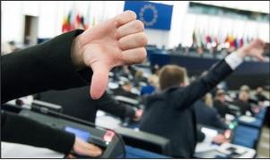 Unia zmusi nas do przyjęcia imigrantów? Krasnodębski: Perspektywa kar finansowych dla Polski jest realna