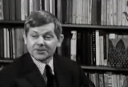 93 lata temu urodził się Zbigniew Herbert. Poeta, który kochał Polskę i zdradę nazywał po imieniu. Jednoznacznie oceniał Michnika. WIDEO