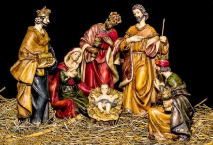 Jakie zwyczaje i tradycje wiążą się ze świętem Trzech Króli?