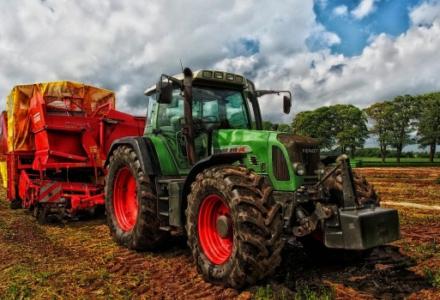 Wojewoda przekazał gminom 55 mln zł dla rolników