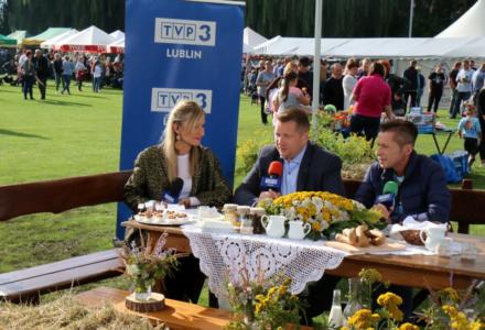 Mieszkańcy gminy Garbów bawili się na Festiwalu Wieprzowiny, Mleka i Miodu