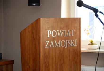 XIII sesja Rady Powiatu w Zamościu – zdalny tryb obrad