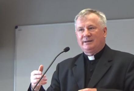Arcybiskup i KUL natychmiastowo dyscyplinują ks. profesora Guza! Pałka antysemityzmu znów skuteczna …