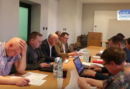 Posiedzenie Komisji Oświatowo – Społecznej Rady Gminy Zamość: radny Krzysztof Ostasz pytania i wnioskuje