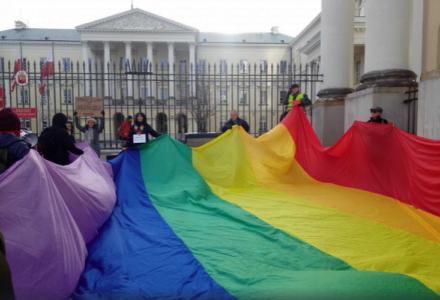 """Kolejne samorządy będą """"wolne od ideologii LGBT""""?"""
