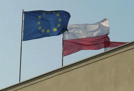 """Flaga UE nie w tej gminie. """"Nie ma takiej ojczyzny, jak UE"""""""