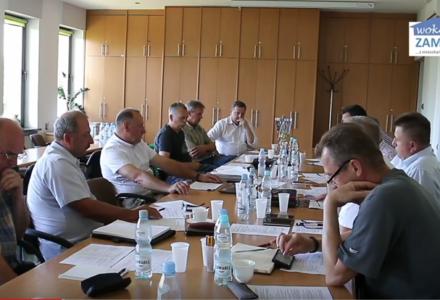 Radni Komisji Rozwoju Gminy i Budżetu dyscyplinują Starostę Powiatu Zamojskiego [ VIDEO ]
