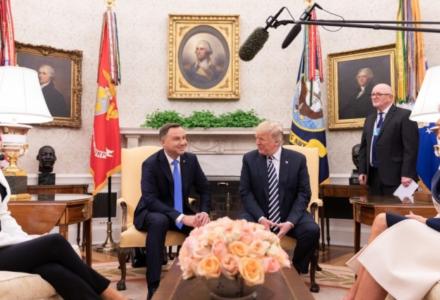 Donald Trump: nie troszczę się o stan demokracji w Polsce, Polska radzi sobie doskonale