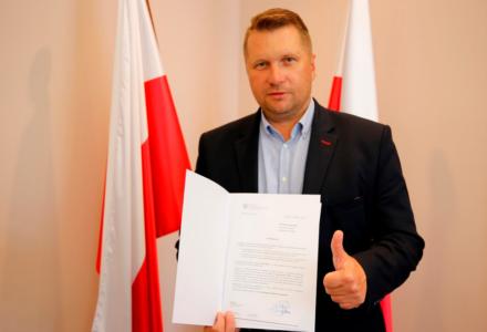 MSWiA przyznało samorządom w województwie lubelskim promesy na odbudowę dróg