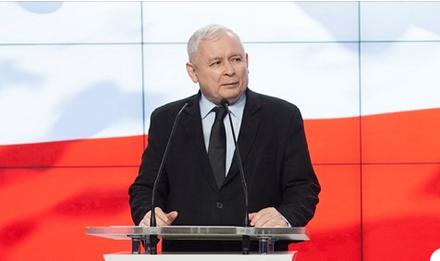 W południe oświadczenie prezesa PiS Jarosława Kaczyńskiego. Będzie dotyczyło sprawy lotów marszałka Sejmu?