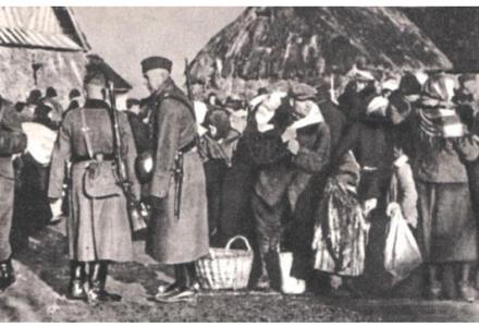 11 grudnia 1942 roku Niemcy dokonali masakry 124 mieszkańców wsi Kitów na Zamojszczyźnie