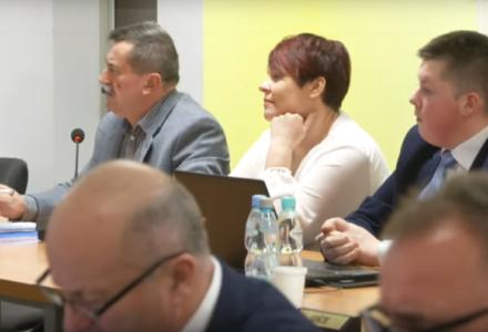 """XV sesja Rady Gminy Zamość: uchwalenie budżetu na 2020 rok, ocena 2019 r. i zmiana zdania w sprawie stanowiska Klubu Radnych """"nie""""JEDNOŚĆ"""