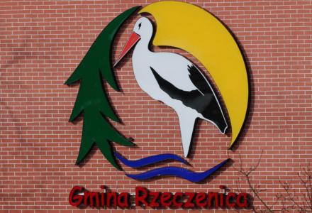 Gmina Rzeczenica kupiła śmieciarkę i sama będzie wywozić odpady