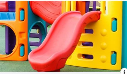 Samorządy zamykają boiska i place zabaw. Ale nie wszyscy respektują zakazy