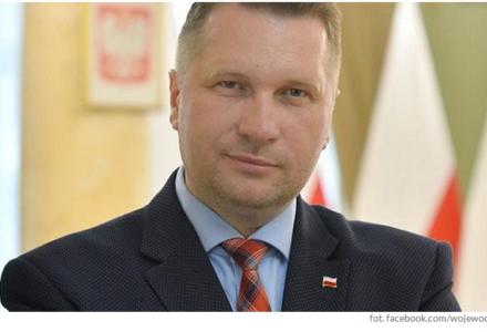 Przemysław Czarnek: Głosowanie będzie odbywać się w lokalach wyborczych, ale każdy kto będzie chciał będzie mógł wybrać sposób głosowania w trybie korespondencyjnym