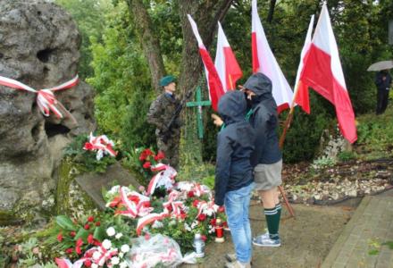 ŚZŻAK Okręg Zamość: Uroczystości upamiętniające poległych i pomordowanych mieszkańców wsi Obrocz