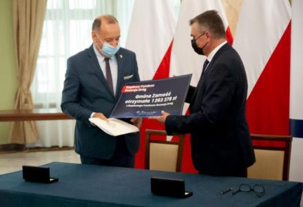 Droga w Pniówku z dofinansowaniem z RFRD